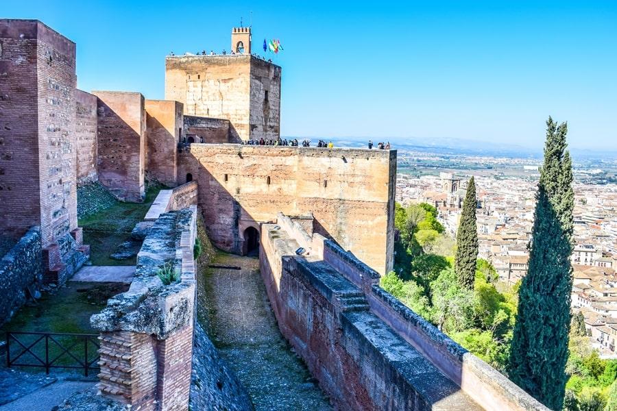 alhambra-granada-alcazaba-03 L'Alhambra di Granada: tutte le informazioni sulla visita e i biglietti
