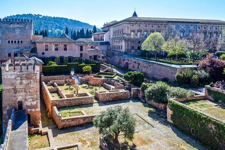 alhambra-granada-alcazaba-04 L'Alhambra di Granada: tutte le informazioni sulla visita e i biglietti
