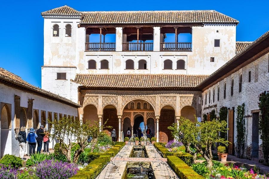 alhambra-granada-generalife-01 L'Alhambra di Granada: tutte le informazioni sulla visita e i biglietti