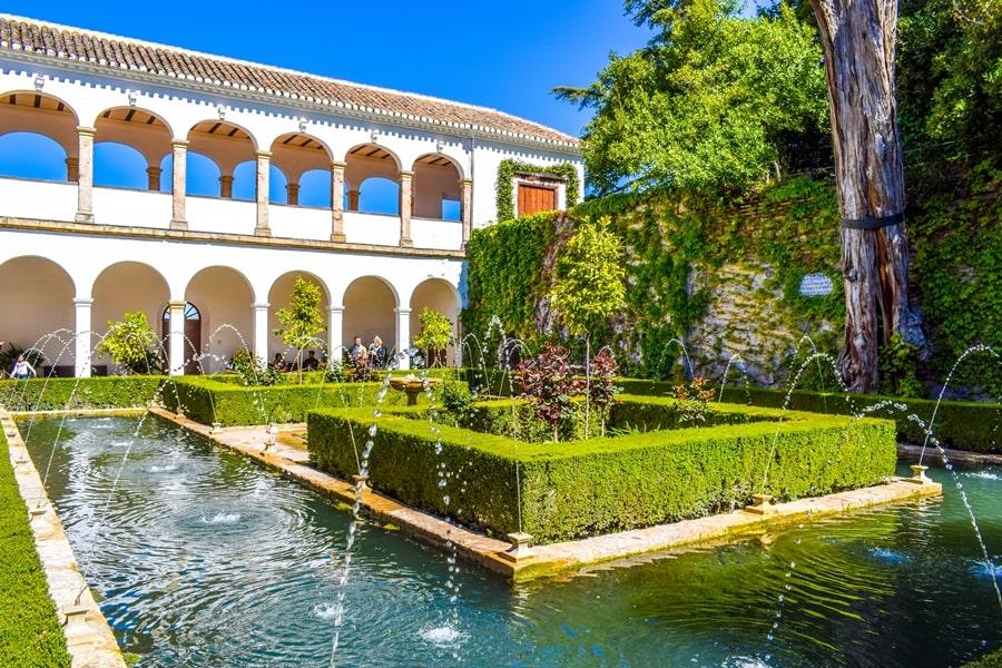 alhambra-granada-generalife-04 L'Alhambra di Granada: tutte le informazioni sulla visita e i biglietti