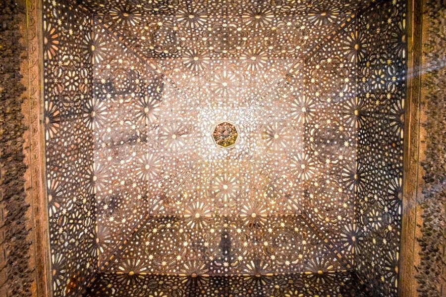 alhambra-granada-palazzi-nasridi-07 L'Alhambra di Granada: tutte le informazioni sulla visita e i biglietti