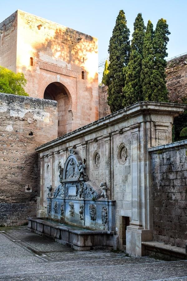 alhambra-granada-puerta-de-la-justicia L'Alhambra di Granada: tutte le informazioni sulla visita e i biglietti