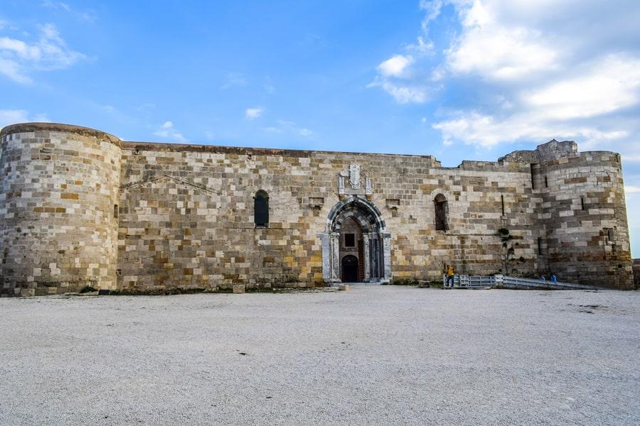 cosa-vedere-a-siracusa-sicilia-castello-maniace-02 Cosa vedere a Siracusa: tutti i luoghi da non perdere