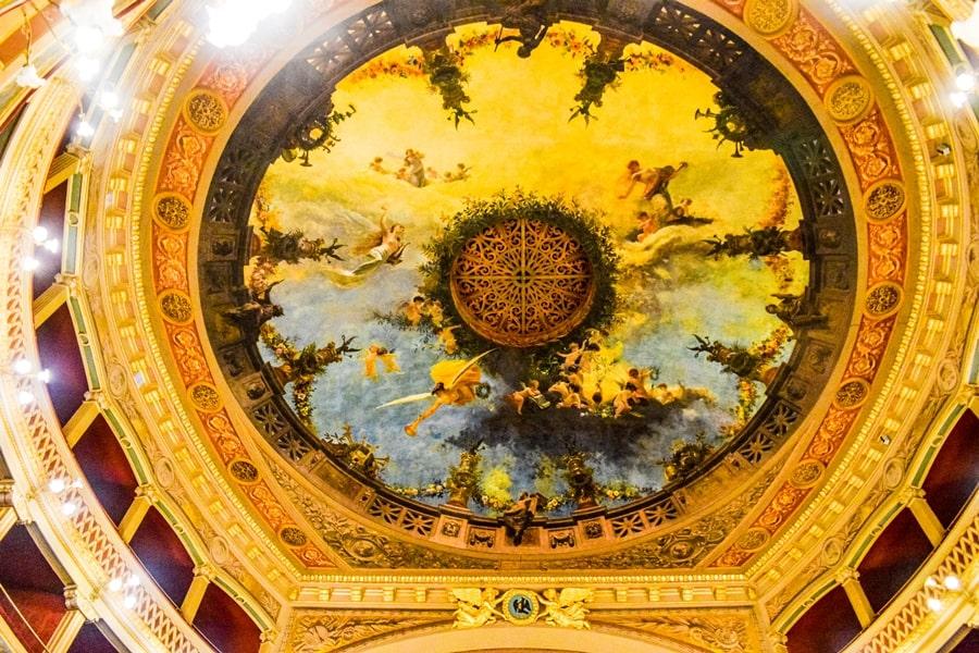 cosa-vedere-a-siracusa-sicilia-teatro-comunale-02 Cosa vedere a Siracusa: tutti i luoghi da non perdere