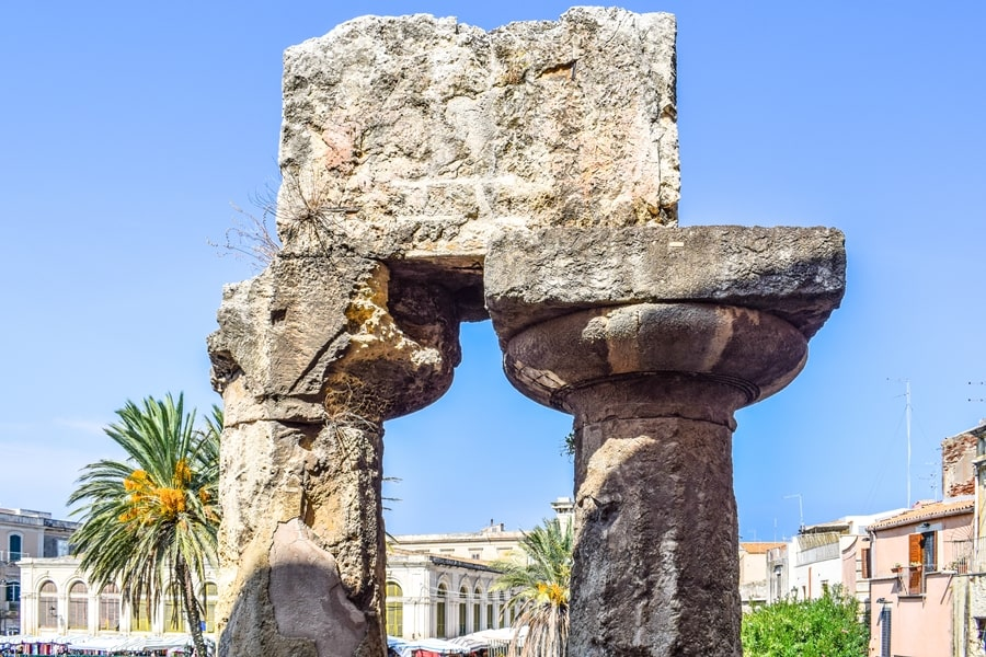 cosa-vedere-a-siracusa-sicilia-tempio-di-apollo-02 Cosa vedere a Siracusa: tutti i luoghi da non perdere