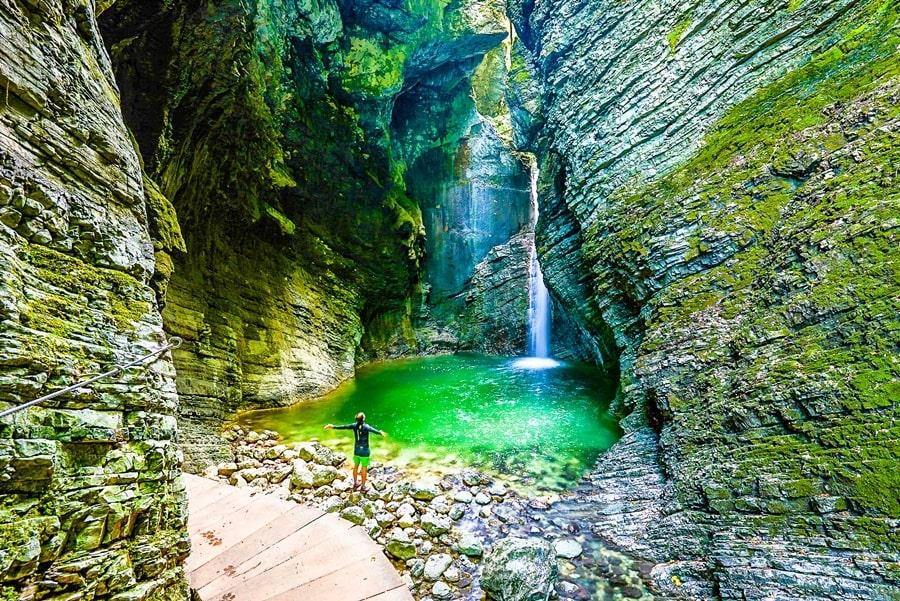 valle-isonzo-slovenia-cascata-kozjak-02 Valle dell'Isonzo: cosa fare e vedere tra storia, sport e bellezze naturali