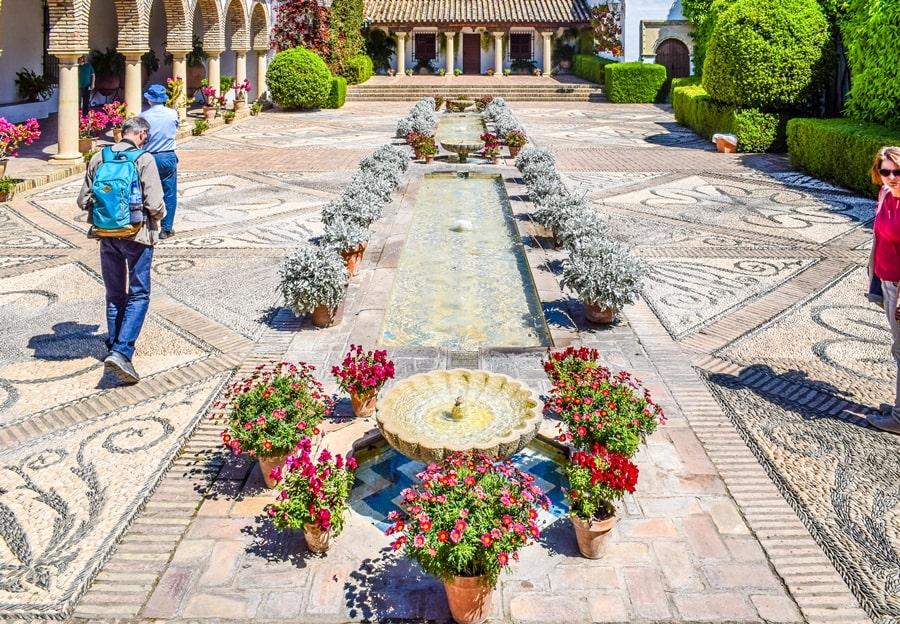 cortili-cordoba-palacio-viana-04 Cortili di Cordoba: informazioni per visitare i patios fioriti più belli