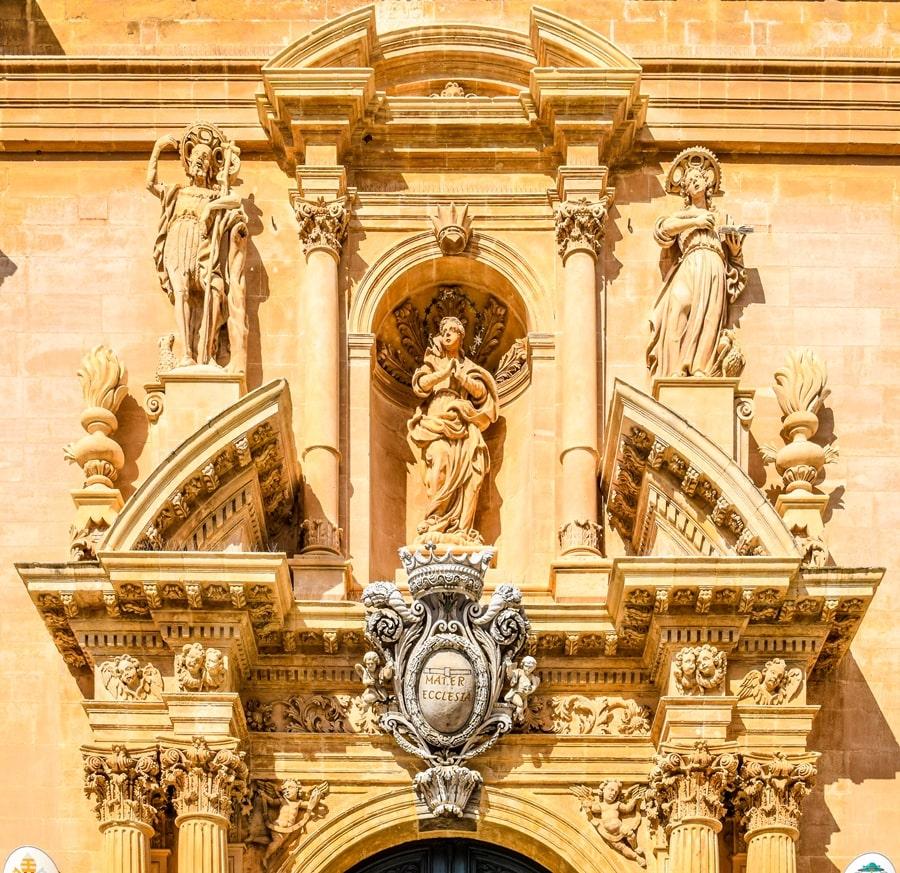 ragusa-cattedrale-san-giovanni-02 Cosa vedere a Ragusa in un giorno