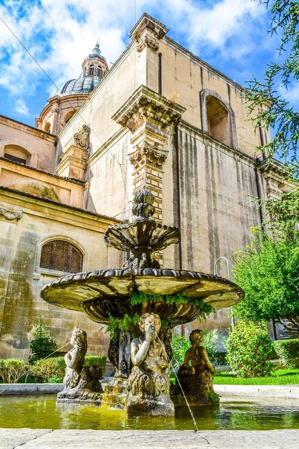 ragusa-cattedrale-san-giovanni-05 Cosa vedere a Ragusa in un giorno