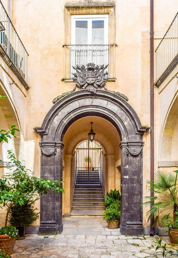 ragusa-ibla-palazzo-arezzo-trefiletti-01 Cosa vedere a Ragusa in un giorno