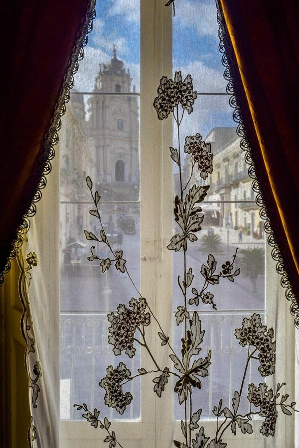 ragusa-ibla-palazzo-arezzo-trefiletti-02 Cosa vedere a Ragusa in un giorno