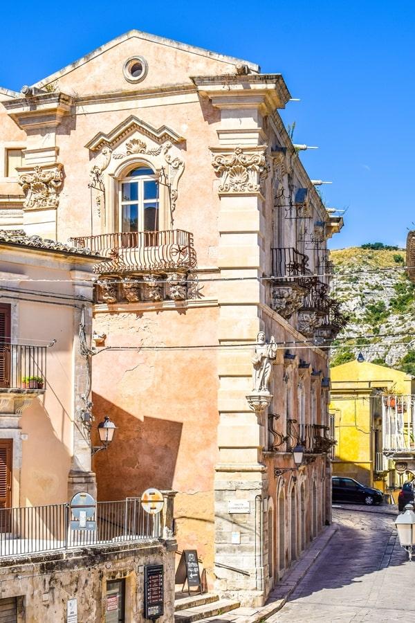 ragusa-ibla-palazzo-cosentini-01 Cosa vedere a Ragusa in un giorno