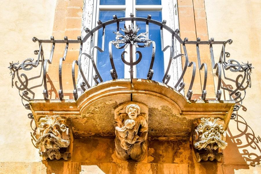 ragusa-ibla-palazzo-la-rocca-01 Cosa vedere a Ragusa in un giorno
