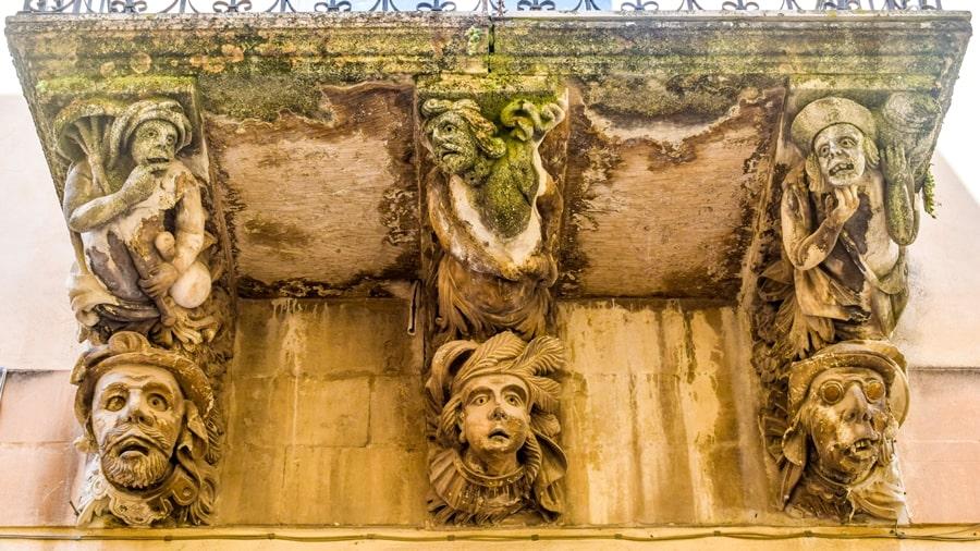 ragusa-ibla-palazzo-la-rocca-02 Cosa vedere a Ragusa in un giorno