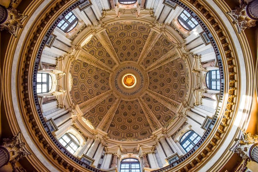 basilica-di-superga-torino-04 La Basilica di Superga a Torino: come arrivare e informazioni sulla visita