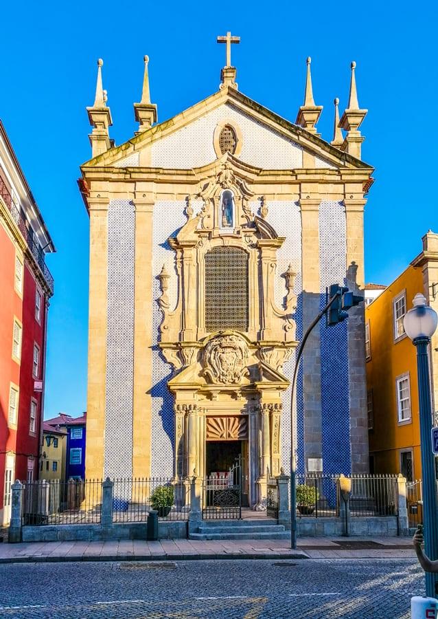 cosa-vedere-a-porto-praca-infante-henrique-04 Cosa vedere a Porto: itinerario di due giorni