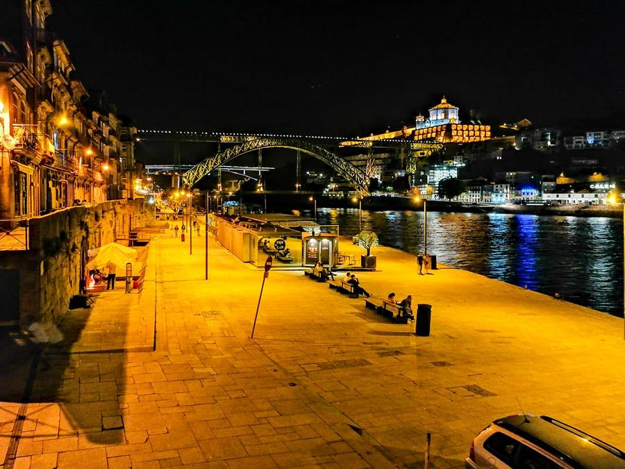 cosa-vedere-a-porto-ribeira-04 Cosa vedere a Porto: itinerario di due giorni