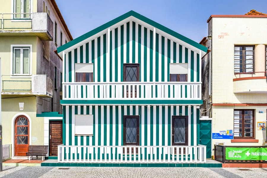 cosa-vedere-aveiro-costa-nova-02 Aveiro: cosa vedere tra canali e case colorate a strisce
