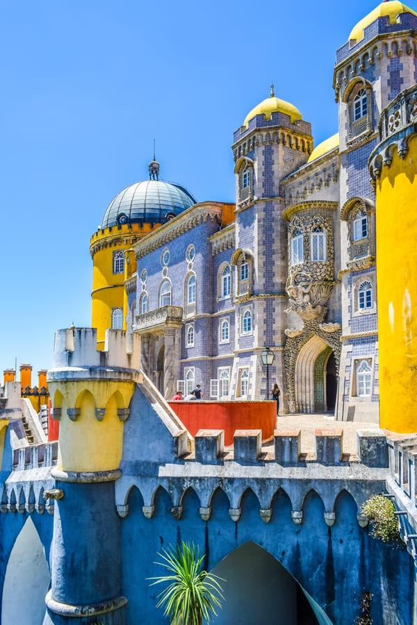sintra-palacio-da-pena-04 Sintra: cosa vedere in un giorno da Lisbona