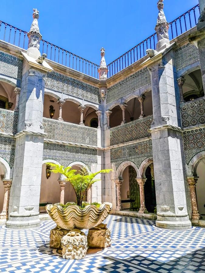 sintra-palacio-da-pena-10 Sintra: cosa vedere in un giorno da Lisbona