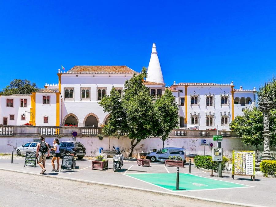 sintra-palacio-nacional-de-sintra-02 Sintra: cosa vedere in un giorno da Lisbona