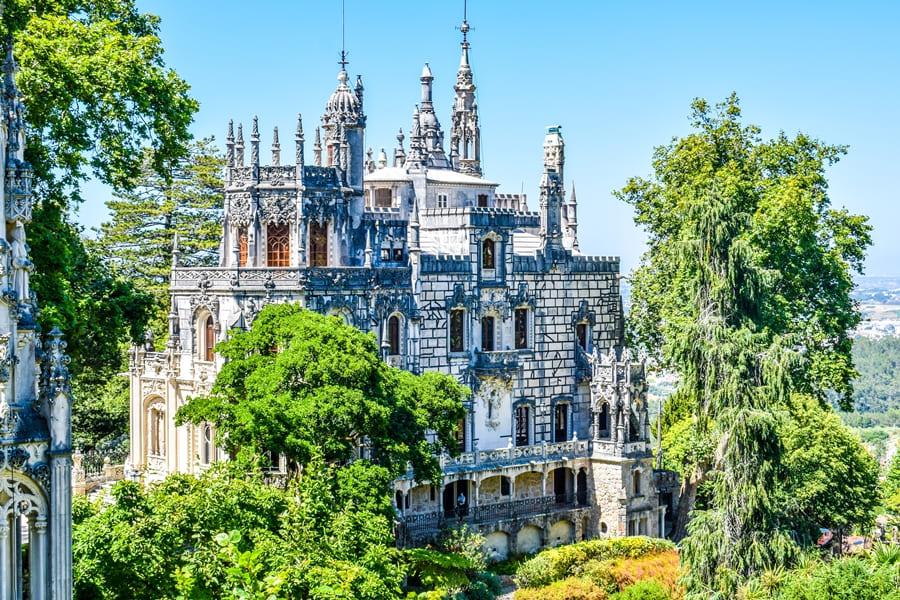 sintra-quinta-da-regaleira-04 Sintra: cosa vedere in un giorno da Lisbona
